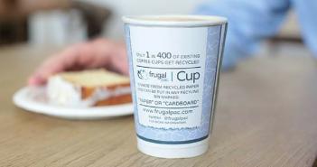 Starbucks trails recyclable cups