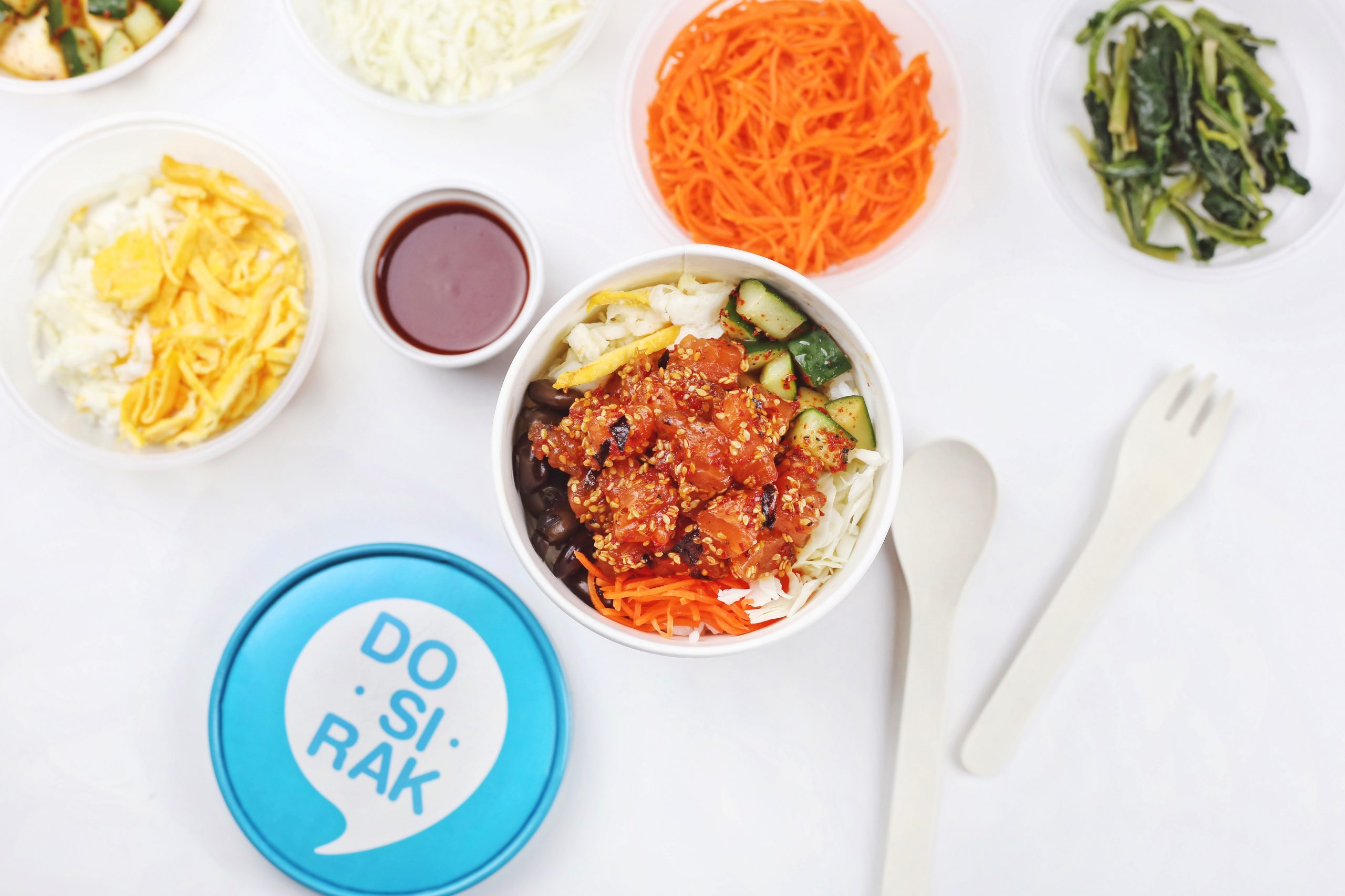 Named after the traditional Korean lunch-box, fast-casual Korean eatery Dosirak is shaking things up in Singapore with a menu offering vegan, pescatarian, gluten-free and low carb options.